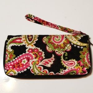 Super cute wallet 8x4 inches.